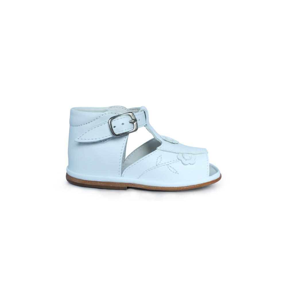 Baby Shoes White leather sandals with flower design
