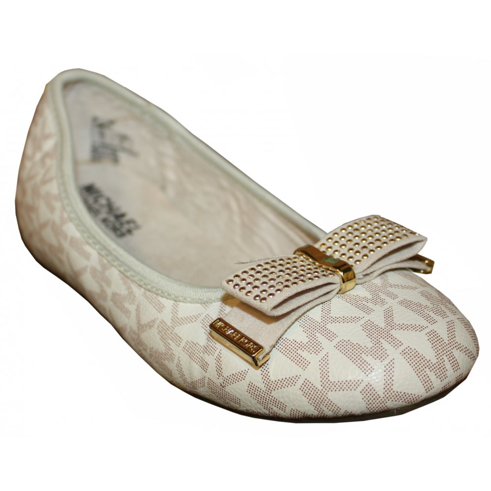 Michael Kors Cream shoes with MK logo